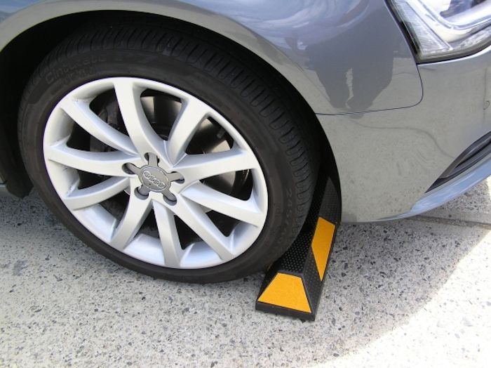 Fencing Solutions Vehicle Stoppers 2
